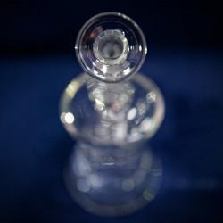 Vue à la première personne de l'embout buccal du Beaker Katalyzer